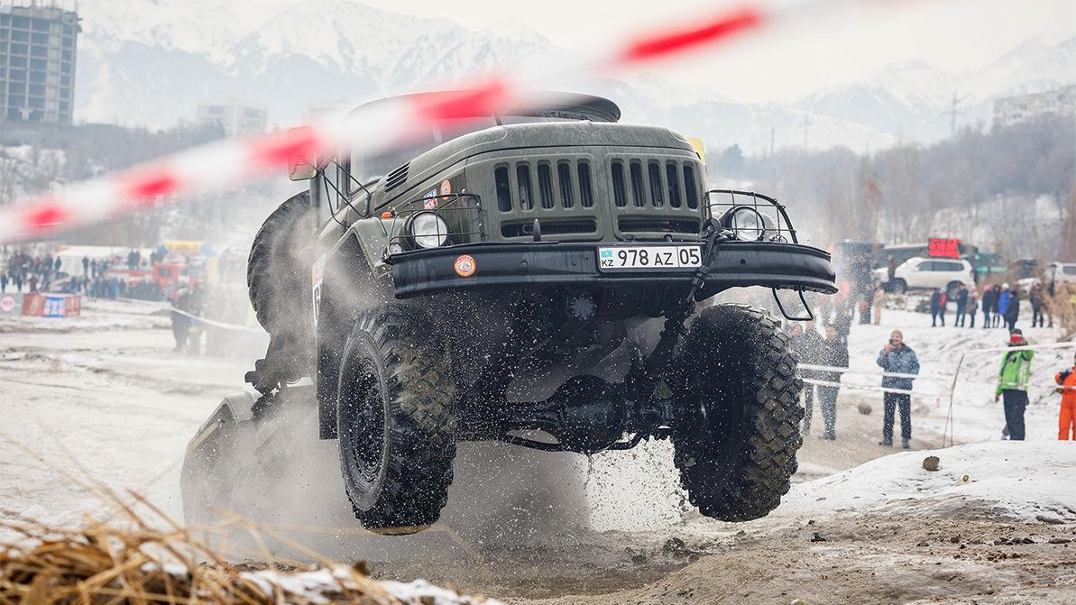 Автоспорт в декабре: зимний дрифт и Кубок Маслова