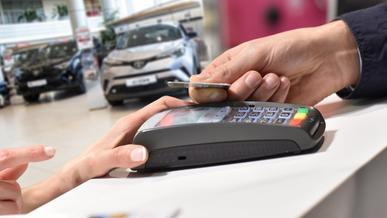 Подорожают ли новые авто с внедрением только безналичной оплаты?