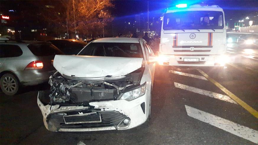 Пять автомобилей столкнулись на Аль-Фараби в Алматы