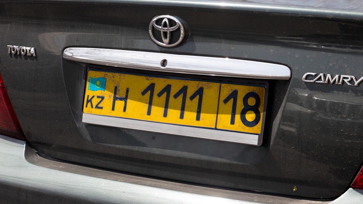 Жёлтые номера с регионом «18» для временной регистрации автомобилей из ЕАЭС