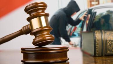 За ложные доносы об угонах осудили двух алматинцев