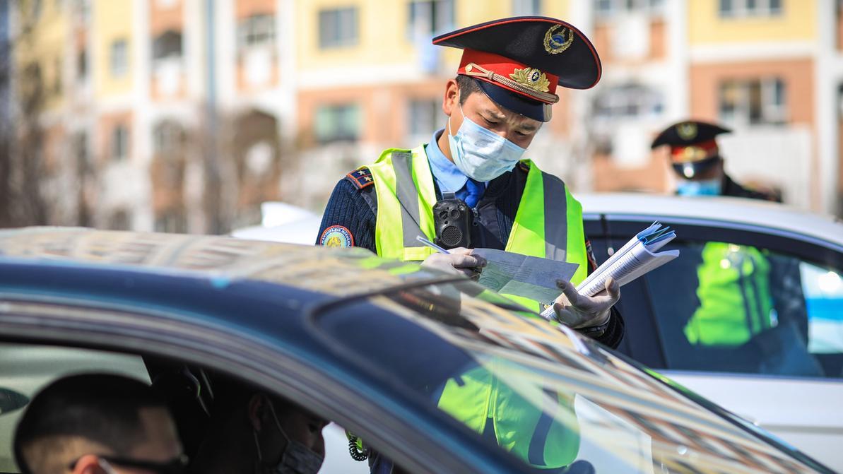 Все бумажные пропуска и справки для передвижения по Алматы отменяют c 7 апреля