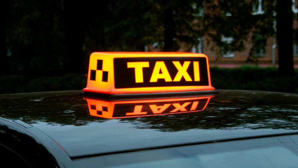 Почему могли подорожать поездки на такси в Алматы
