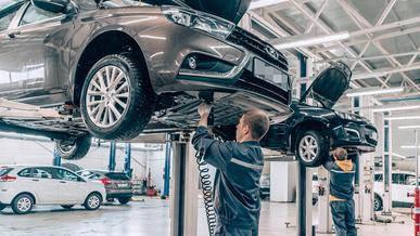 Автосервисам разрешили работать в Казахстане