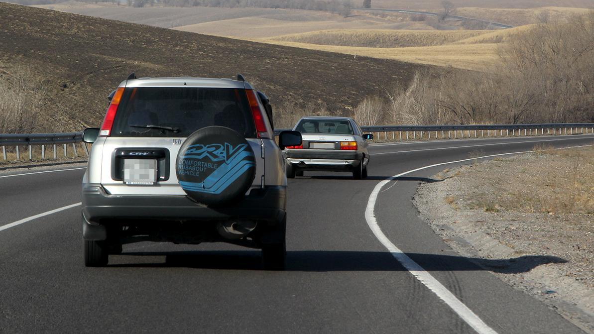 Почему нельзя ездить на авто между городами, разъяснил Минздрав
