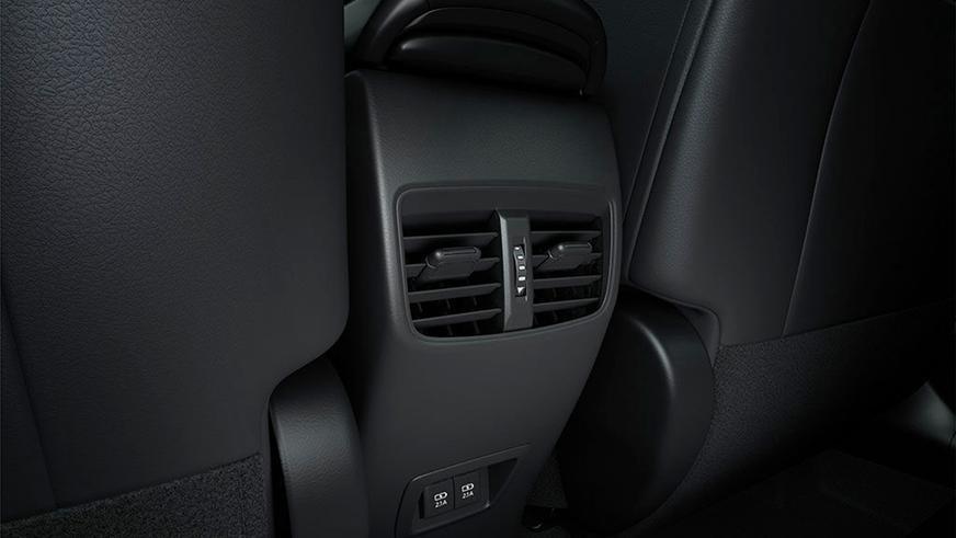 Toyota превратила «Короллу» в кроссовер