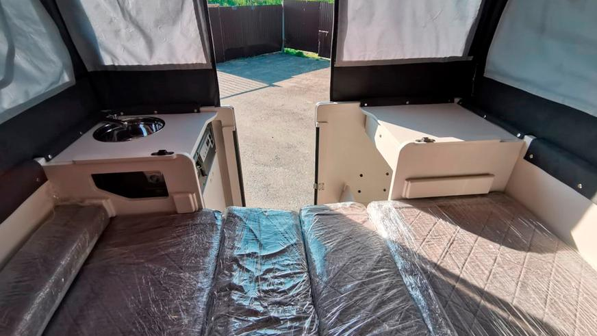 UAZ Pickup превратили в кемпер