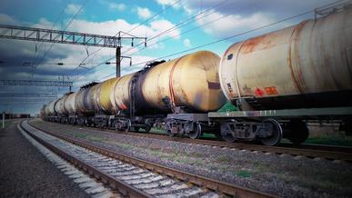 Запрет на ввоз импортного топлива продлили в Казахстане