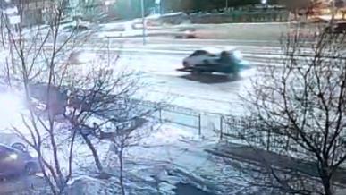 С помощью эвакуатора угнали Hyundai Accent в столице РК