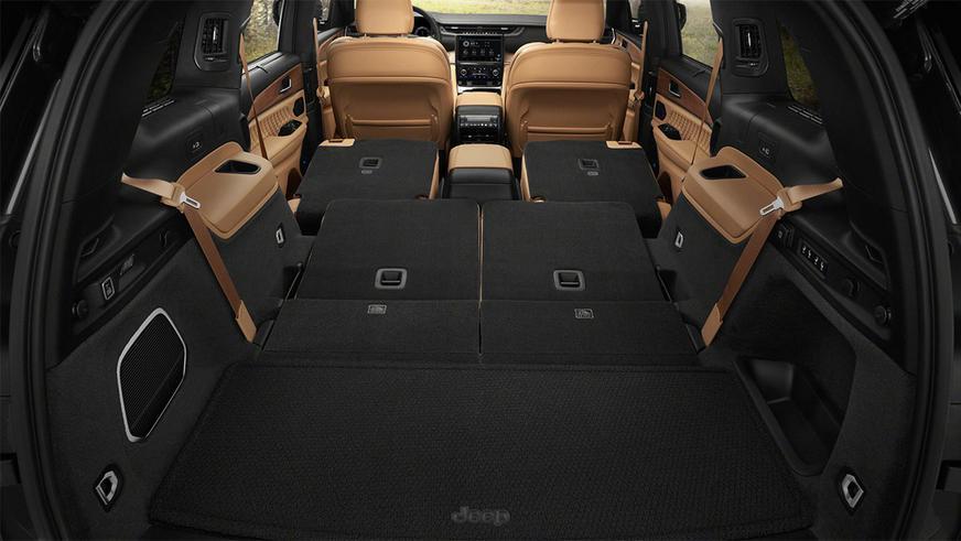 Новый Jeep Grand Cherokee: длинный и большой