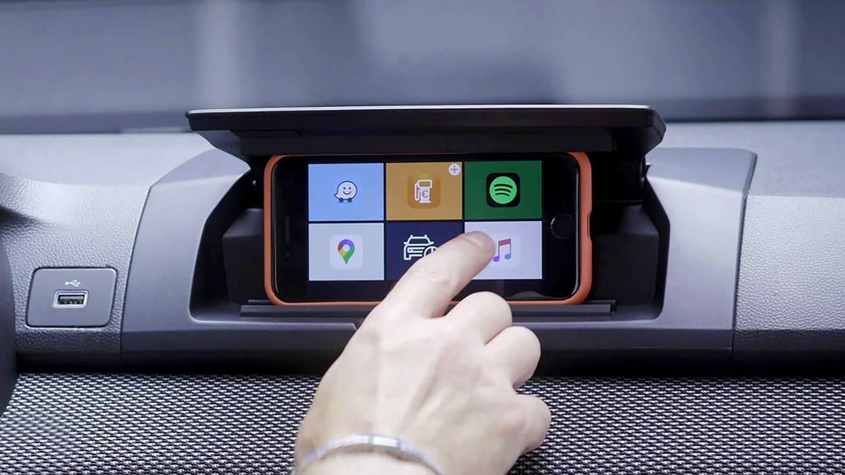 Телефон вместо мультимедиа в новом Sandero