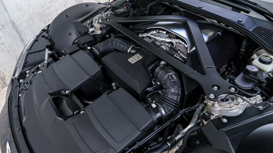 Aston Martin будет получать мерседесовские V8, несмотря ни на что
