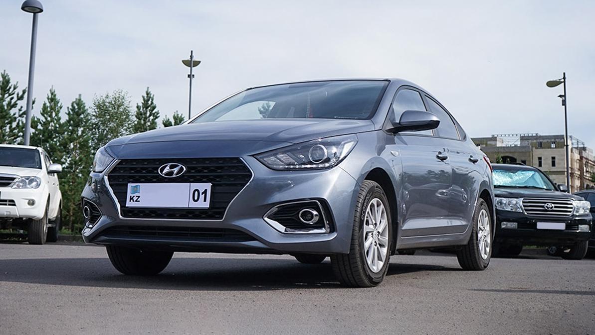 Катализатор сняли с Hyundai Accent в одном из столичных автосалонов