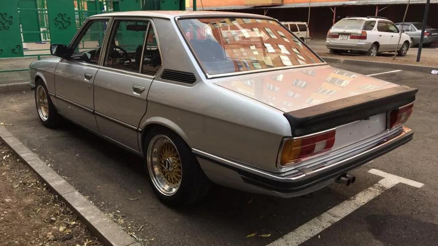 За 39-летний BMW пятой серии просят 3.5 млн тенге