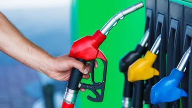 Вице-премьер РК Роман Скляр: Альтернативы действующей системе ценообразования на бензин нет