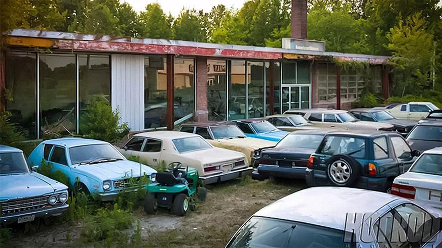 abandoned-dealership-2
