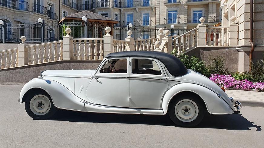 interesting-cars-2Редкие и дорогие праворульки в продаже на Kolesa.kz
