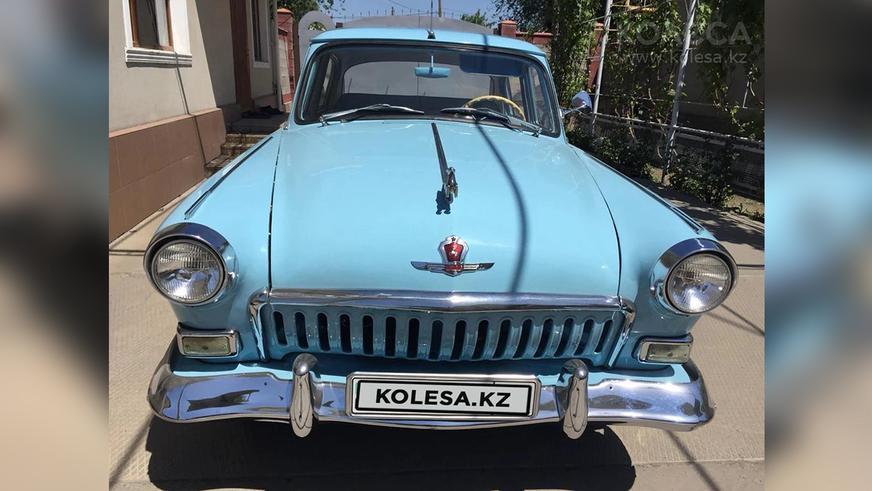 Интересные авто на Kolesa.kz: от Nissan Gloria до раллийного Pajero