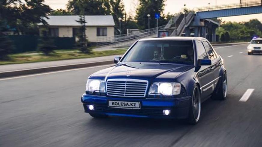 Почти 30-летний Mercedes-Benz W124 за 23 млн тенге