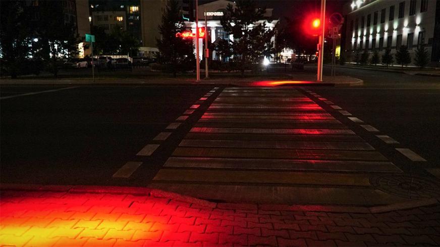 Светофоры с проекцией на асфальт появились в столице