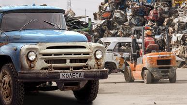 Денежную компенсацию начали выплачивать за сданные в утиль грузовики и автобусы