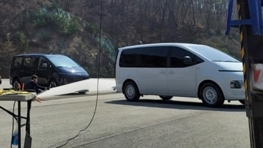 Hyundai радикально изменит модель H-1