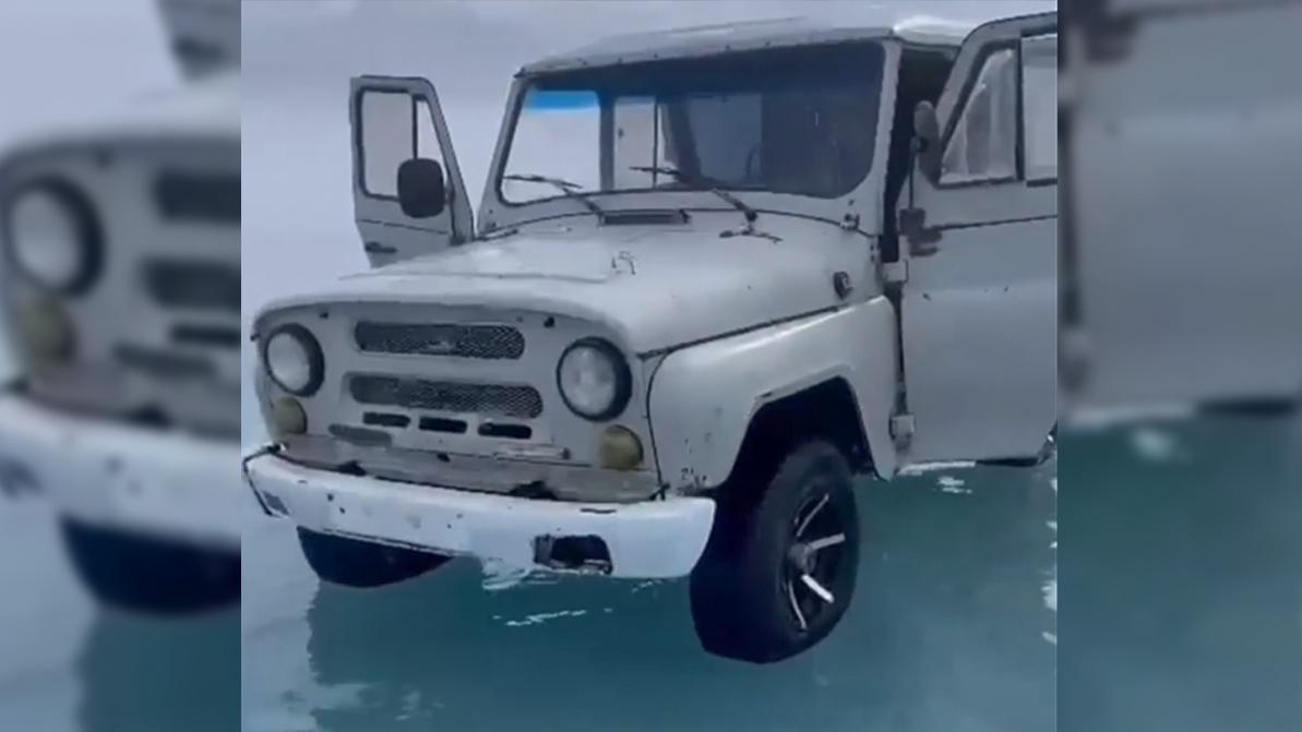 Как местные мужики Балхаш на УАЗе переезжали
