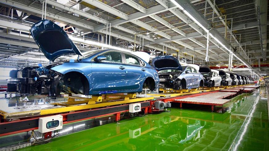 Обновлённый Kia Cerato встал на конвейер в России
