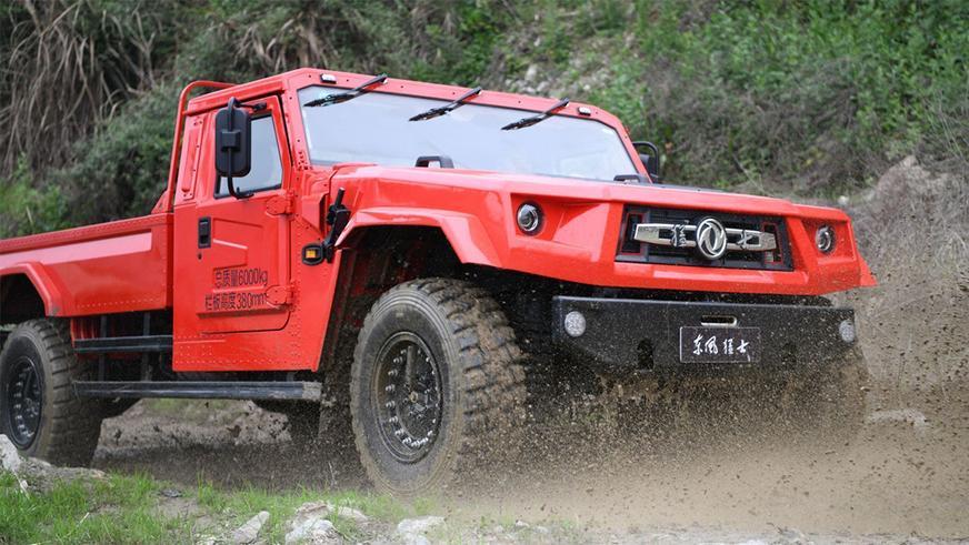Китайскому «хаммеру» натянули морду Lamborghini LM002
