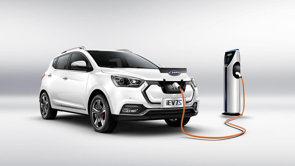 Электромобиль казахстанской сборки презентовали в России. Известна цена