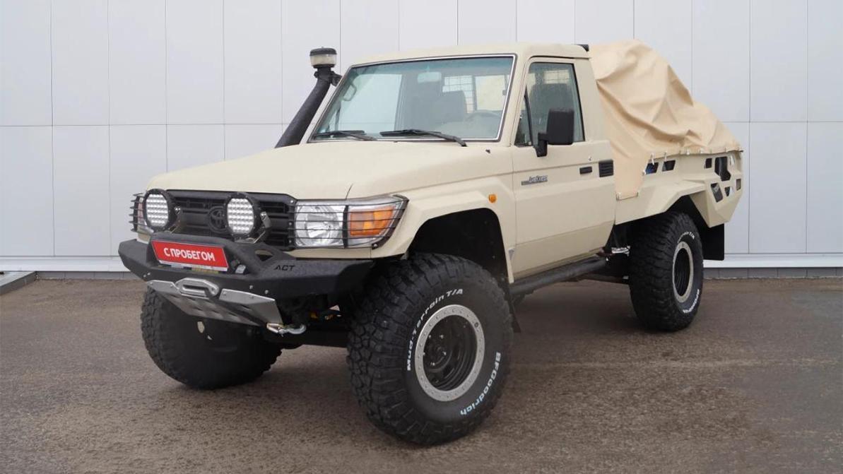 За охотничий Toyota Land Cruiser 70 просят почти 20 млн тенге