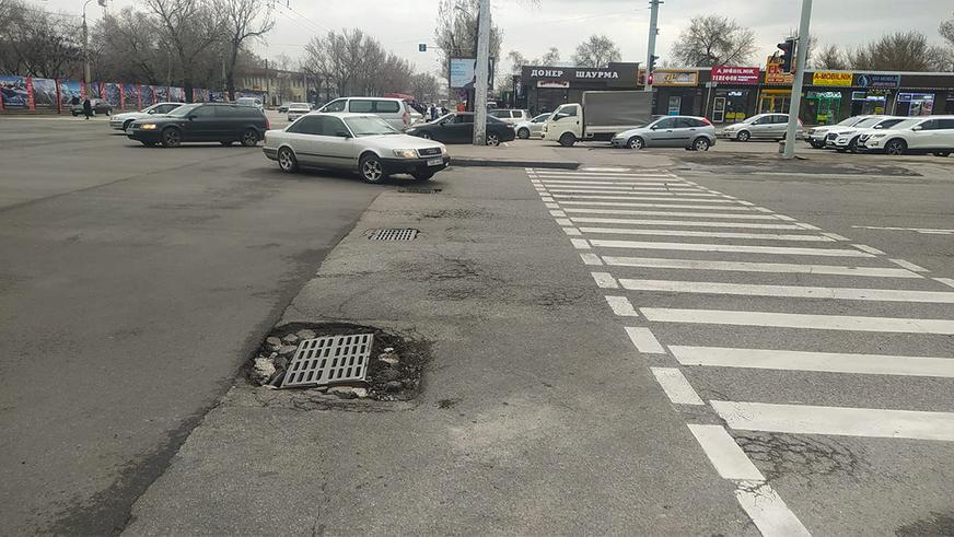 Ямочный ремонт начался на дорогах Алматы