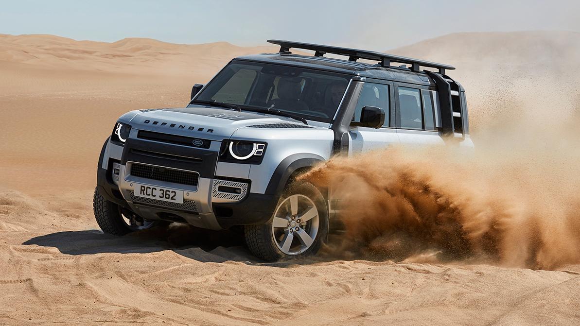 Land Rover Defender стал автомобилем года, по мнению женщин