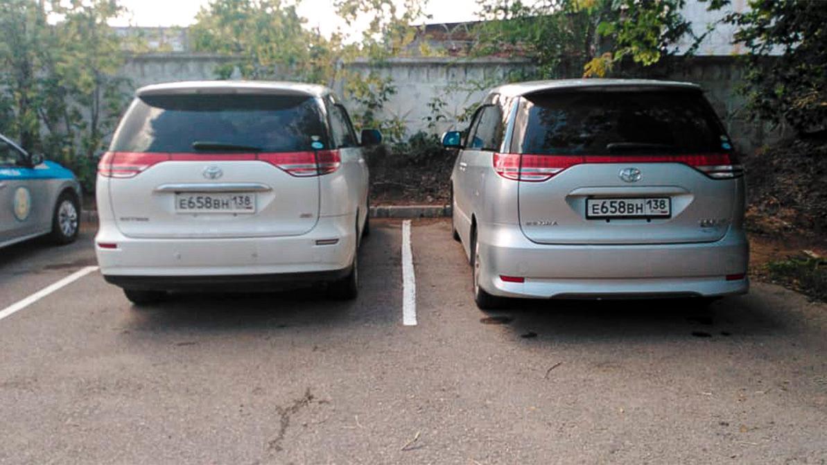 Три Toyota Estima с одинаковыми российскими госномерами обнаружили в РК