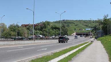 С 1 по 10 июня частично перекроют участок проспекта Аль-Фараби в Алматы