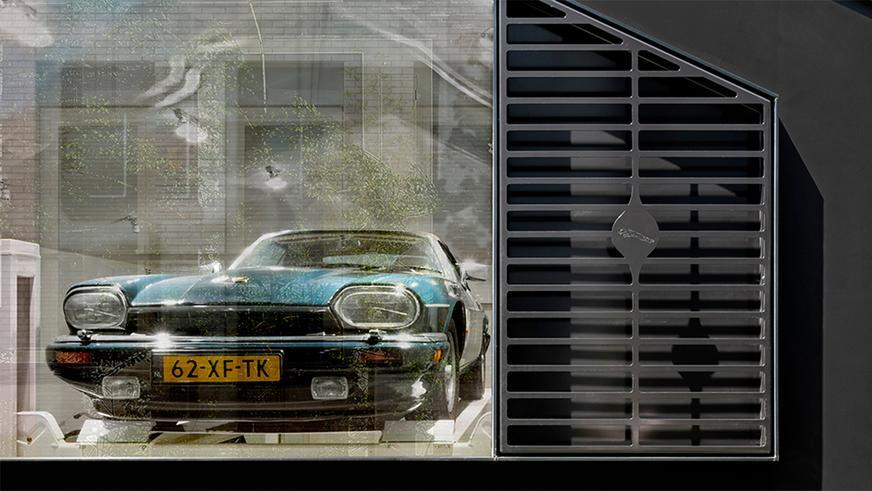 jag-garage-2
