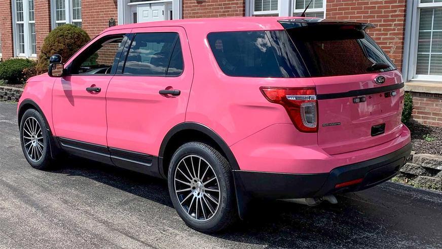 ford-explorer-police-pink-1