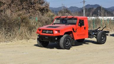Китайскую копию Humvee будут продавать гражданским