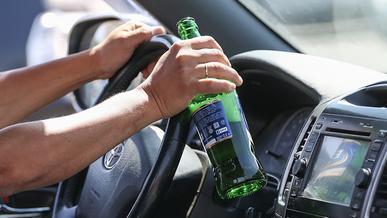 Пить за рулём казахстанцы не перестали