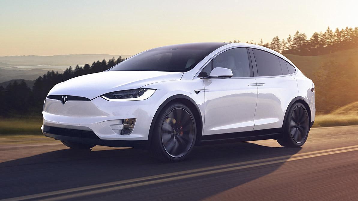 Около 9.6 тысячи Tesla отправятся в ремонт