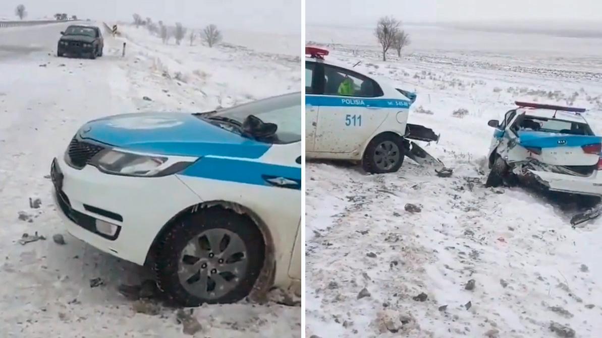 BMW протаранил два патрульных авто на трассе Шымкент – Самара