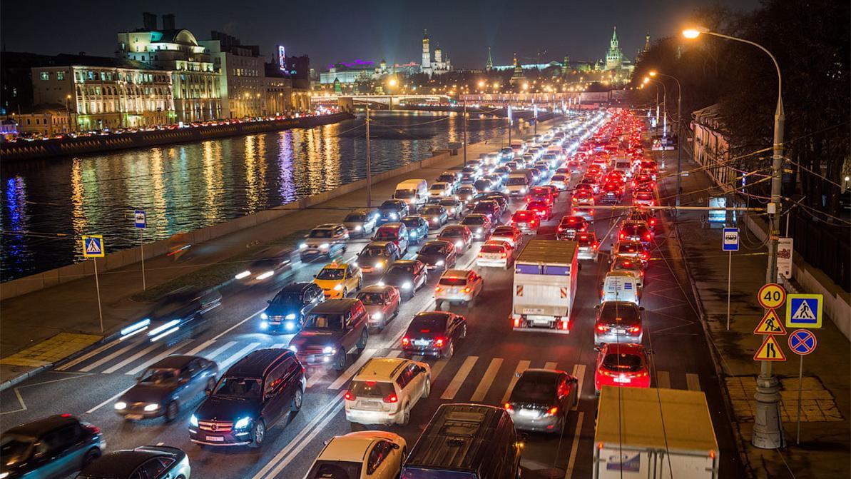 В РФ заставят автомобили «стучать» на себя и своих хозяев
