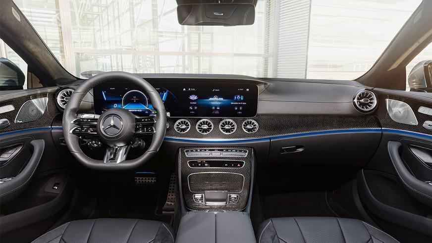 Mercedes-Benz CLS обновили второй раз за год