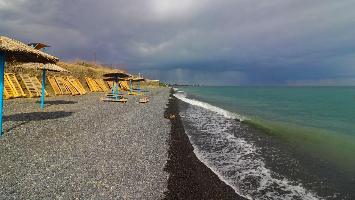 Озеро Алаколь закрыли на неопределённый срок