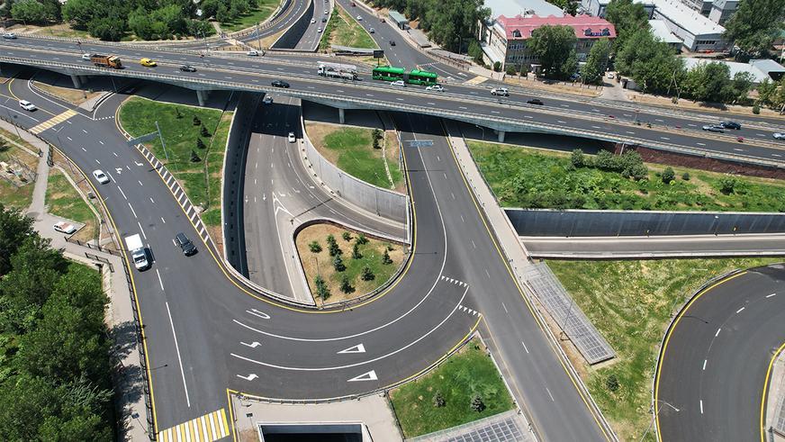 Новая разметка должна улучшить движение на пересечении ВОАД с Талгарским трактом в Алматы