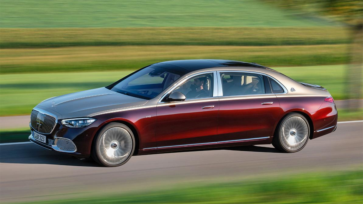 Mercedes-Maybach S680: не такой мощный, зато с полным приводом