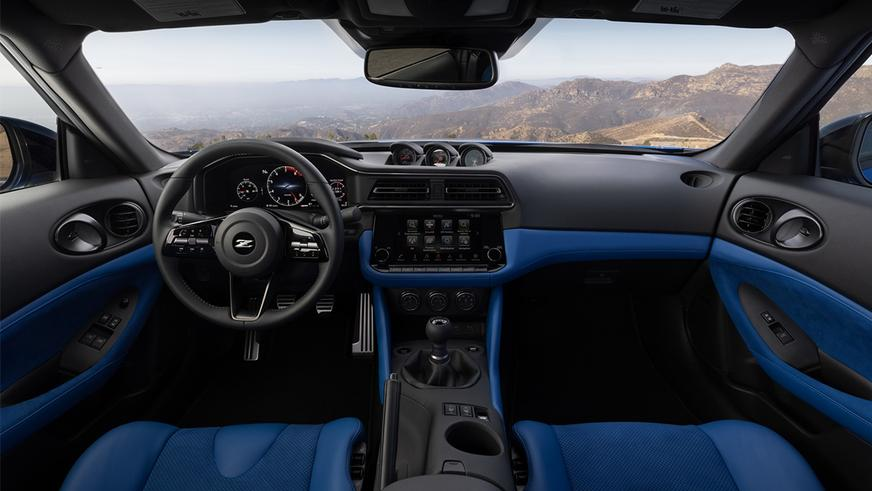Новый Nissan Z: 400 сил и механика