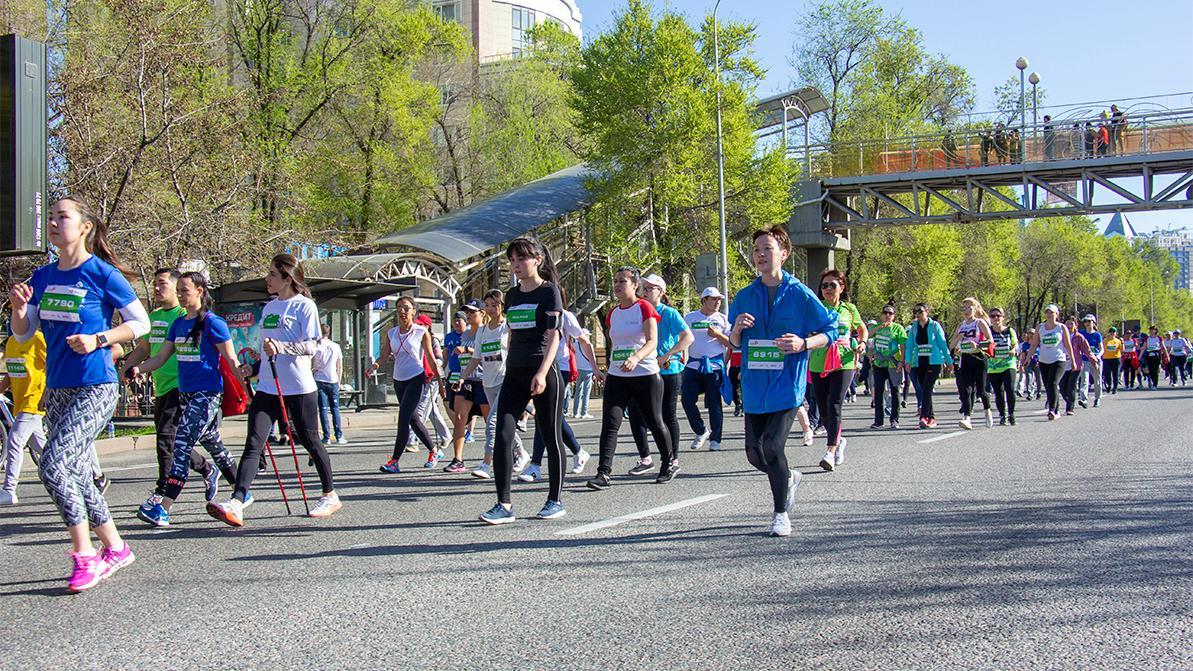 Четыре улицы перекроют в Алматы в воскресенье из-за полумарафона