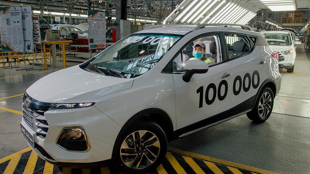 В Костанае собрали 100-тысячный автомобиль