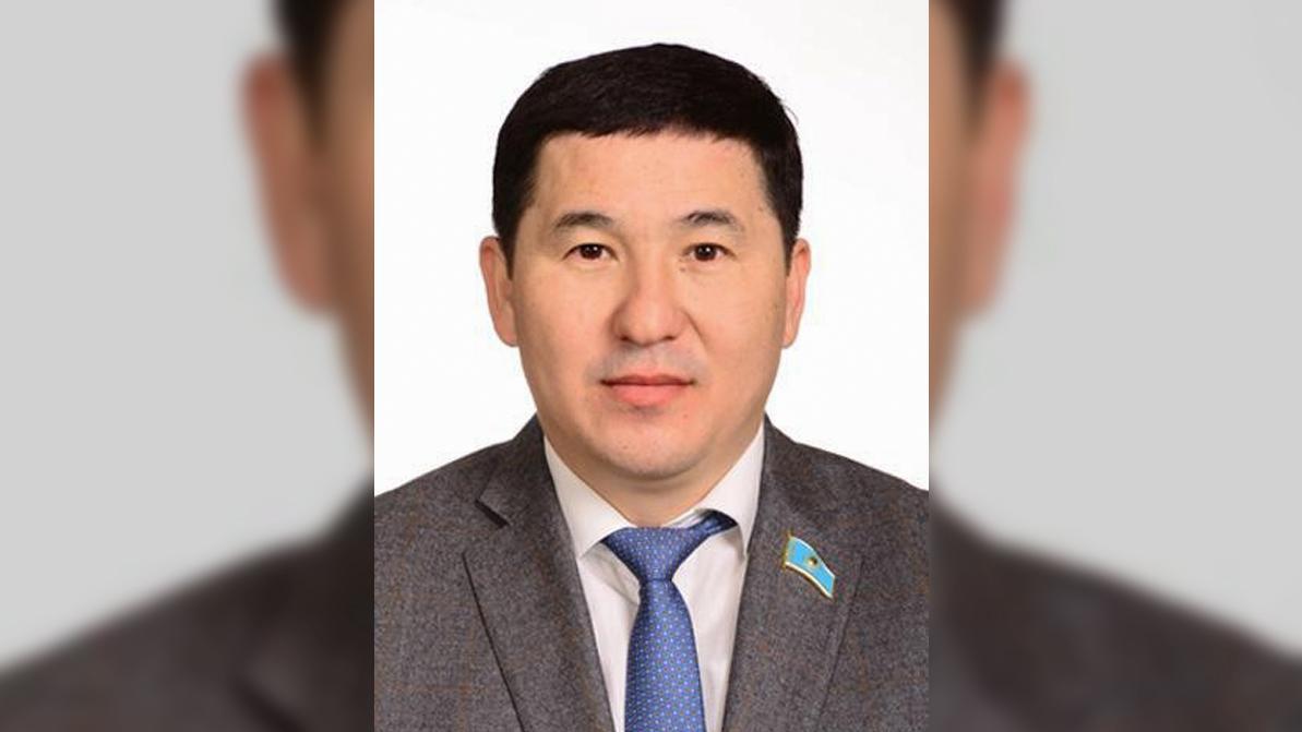 На 15 суток арестовали депутата в Павлодаре за пьяное вождение
